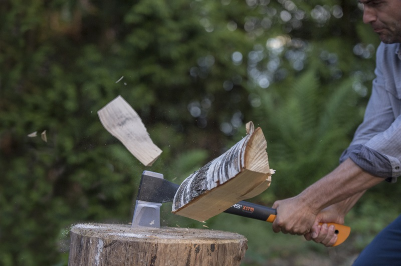 Fiskars Axes – More Power. Less Effort.