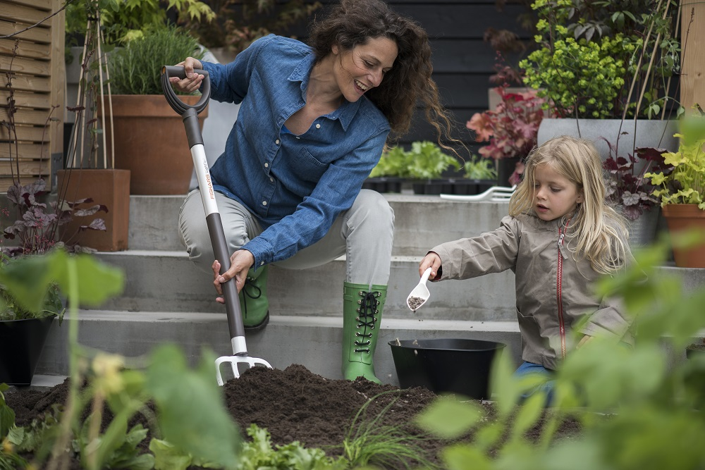 Gardening Is A Breeze With Fiskars Light Tools